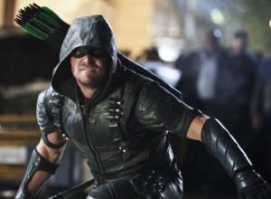 Stephen Amell Discusses Latest 'Arrow' Season 6 Twist