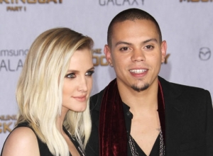 Pregnant Ashlee Simpson And Husband Evan Ross Expecting Baby Girl