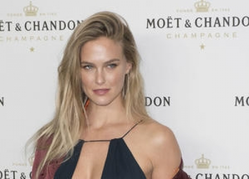 Bar Refaeli Pregnant With Second Child