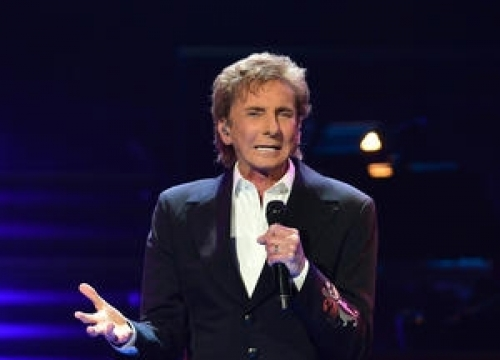 Recovering Barry Manilow Ordered To Stay Silent