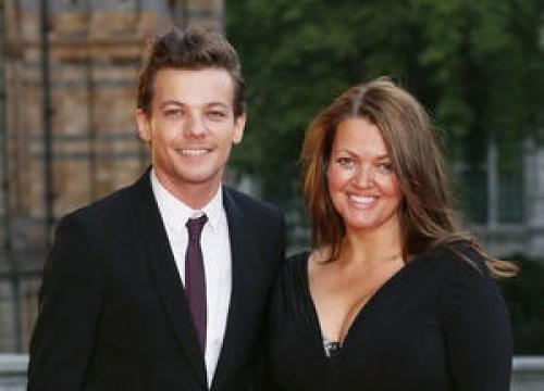 Louis Tomlinson's Mother Dies Aged 42