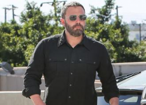 Ben Affleck Signs Up To Falling To Earth