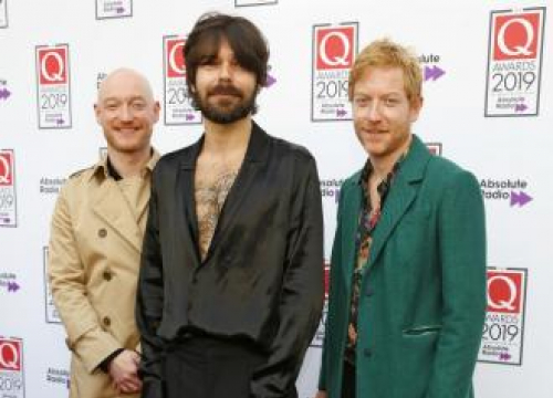 Biffy Clyro 'Waiting' To Headline Glastonbury
