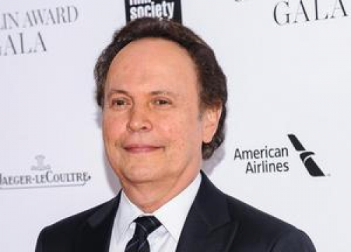 Billy Crystal Attempts To Explain Controversial Gay Sex Scene Comments