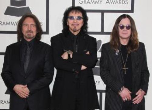 Ozzy Osbourne To Continue Solo Career