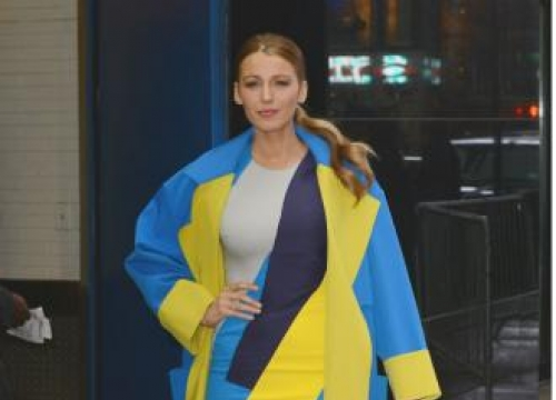 Blake Lively's breasts grow 'throughout the day'