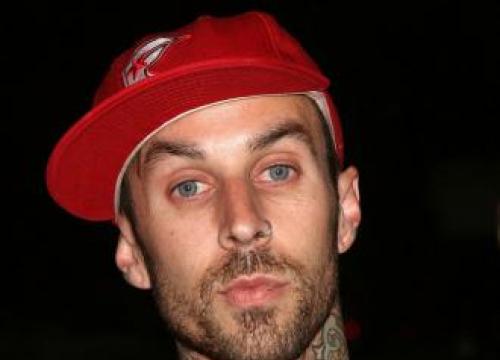 Blink-182 Cancel Gigs