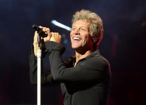 Bon Jovi To Crash A Commencement Ceremony For New Contest