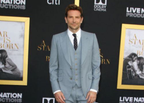 Bradley Cooper: Covid-19 Pandemic Made Nightmare Alley A 'Unique Experience'