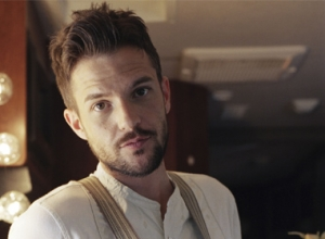 Brandon Flowers Tops UK Albums Chart With 'The Desired Effect'