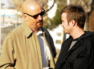 Vince Gilligan Asks Breaking Bad Fans to Stop Pizza Throwing at House