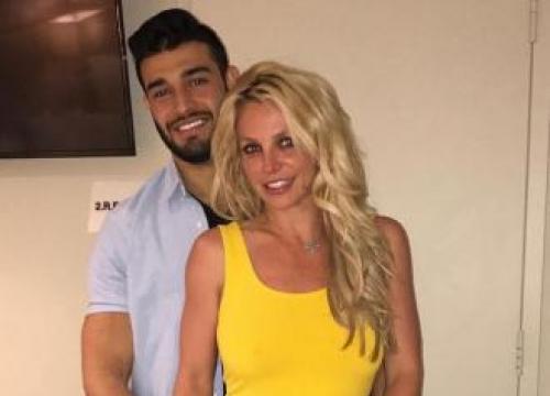 Britney Spears Opening Gym With Boyfriend?