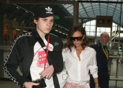 Victoria Beckham Still Crying Over Brooklyn's Departure