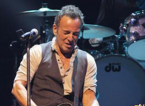 Bruce Springsteen Is Born To Run For Eight Weeks On Broadway