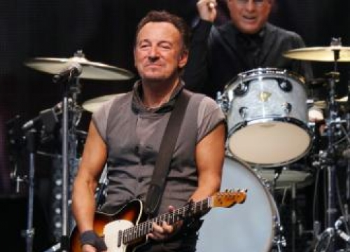 Bruce Springsteen will release music from 1966 in new album