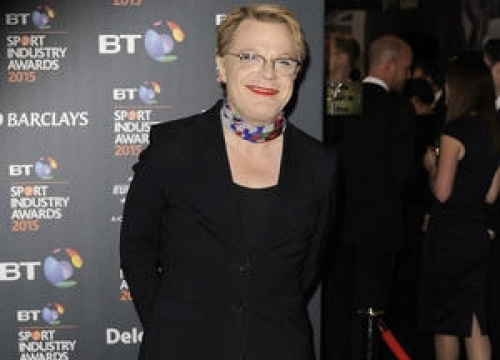 Eddie Izzard Faces Angry Protesters On Campaign Trail