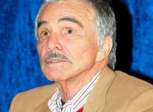 Burt Reynolds Rushed To Intensive Care After Catching Flu