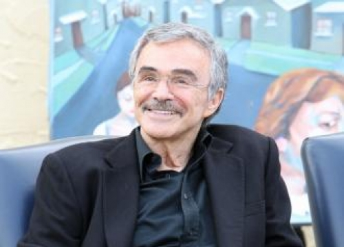 Burt Reynolds book delayed?