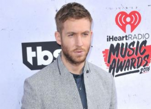 Calvin Harris To Work With Jennifer Lopez