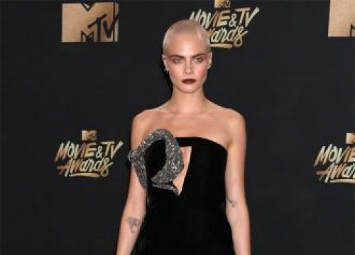 Cara Delevingne Liberated By Shaved Head