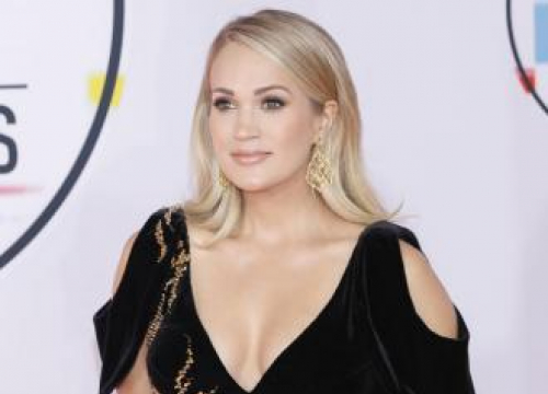 Carrie Underwood Is 'So Thankful'