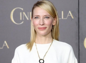 """That's Your F*cking Question?"" Cate Blanchett Burns Reporter"