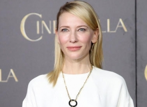 "Cate Blanchett Reveals ""Many"" Relationships with Women"