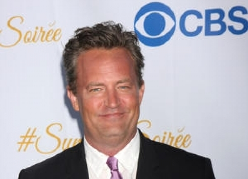 Matthew Perry's Debut Play Panned By Critics