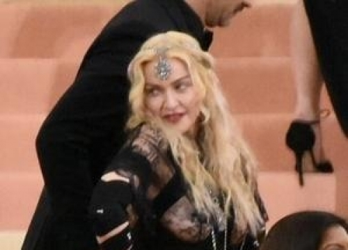 Madonna Surprises Fans At Truth Or Dare Screening
