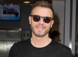 Gary Barlow Is An Extra Special Wedding Present