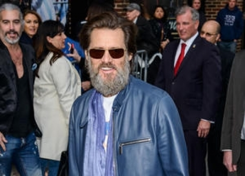 Jim Carrey Removes Unauthorised Photo From Vaccination Rant