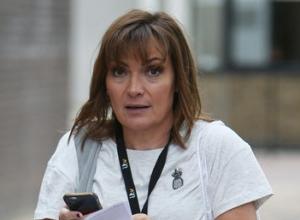 Lorraine Kelly Makes Blunder As She Tells Liz Carr She Has