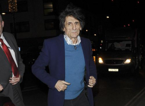 Ronnie Wood Discusses Secret Cancer Battle