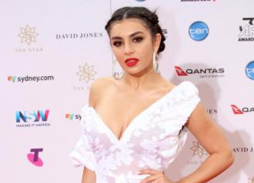 Charli Xcx: Will.i.am Throws 'Random Words' Into Songs