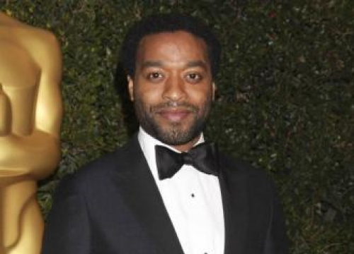 Chiwetel Ejiofor admits he's a loner