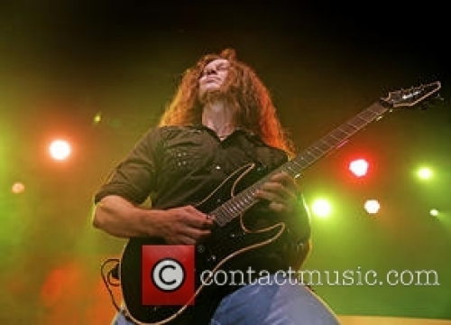 Megadeth Ask Fans To Help Them Fund New Album