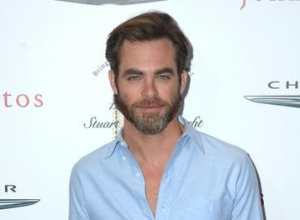 Chris Pine Dating Vail Bloom Of 'Vanderpump Rules'?