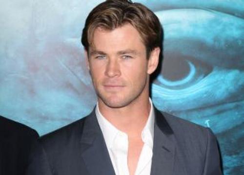 Chris Hemsworth: My Muscles Aren't Real