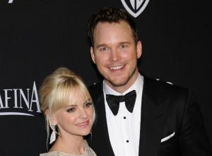 Chris Pratt Recalls Famous Actors Hitting On Wife Anna Faris In Front Of Him