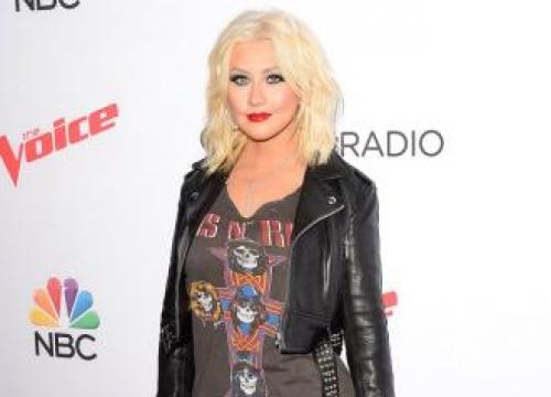 Christina Aguilera struggling to get pre-nuptial agreement