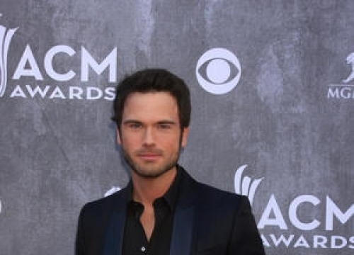Chuck Wicks Returns To Radio Show After Car Crash