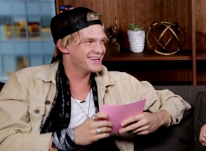 Cody Simpson - The Whisper Challenge (Valentine's Day Edition) Video