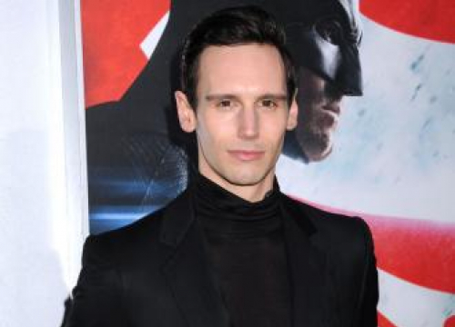 Cory Michael Smith Comes Out As Gay