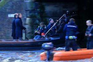 Daniel Craig And Rory Kinnear Speed Under Thames Bridge In 'Spectre' Filming - Part 7