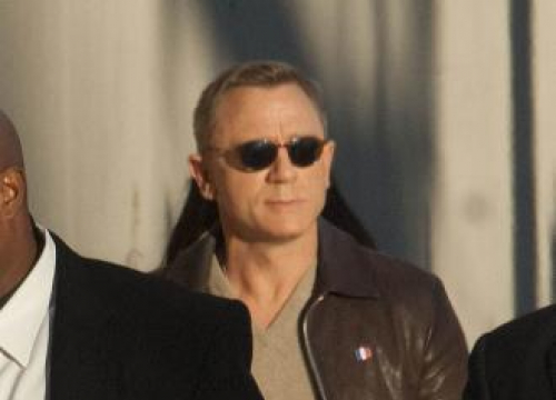 Daniel Craig Wants Indie Bond Theme