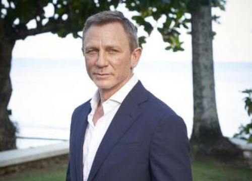 Daniel Craig To Resume Filming On Bond 25 This Week