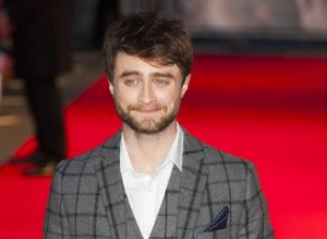 Daniel Radcliffe forbidden from ditching English accent