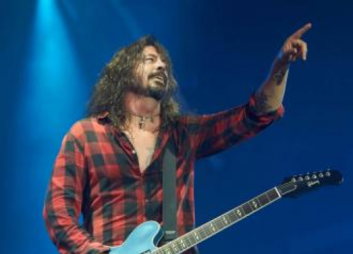 Dave Grohl Performs Nirvana Track For Second Time Since Kurt Cobain's Death