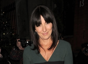 """Davina McCall Regularly Attends Narcotics Anonymous Meetings & Praises The """"Clever"""" Organisation"""
