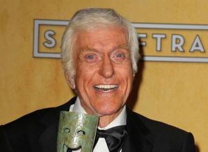 Dick Van Dyke Apologises For